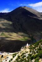 Overview to Drak Yerpa Monastery  » Click to zoom ->