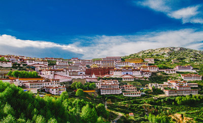 1 Day Lhasa to Ganden Monastery Hiking Tour