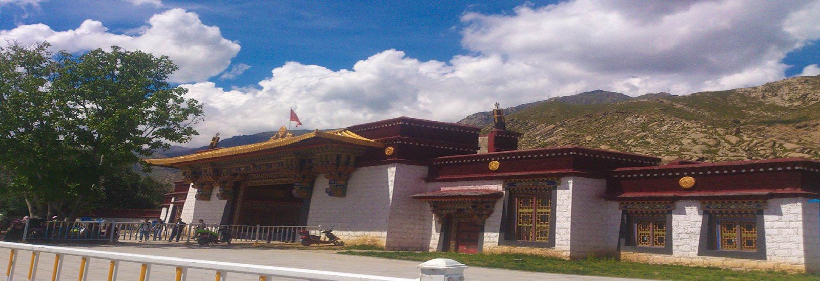 1 Day Drepung and Sera Monastery Lhasa Group Tour