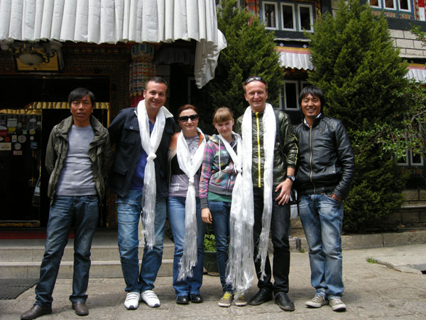 Russian Tourists travelling in Tibet with Tibet Ctrip Travel Service